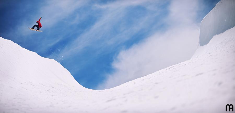 Snowboardu pouczy Was ...... jeszcze chwila cierpliwości - dopinamy szczegóły.